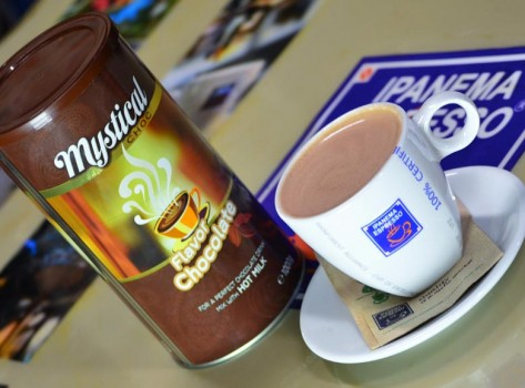 chocolate-hot-aftertaste-santorini