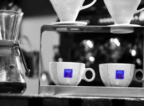 filter-coffee-aftertaste-santorini